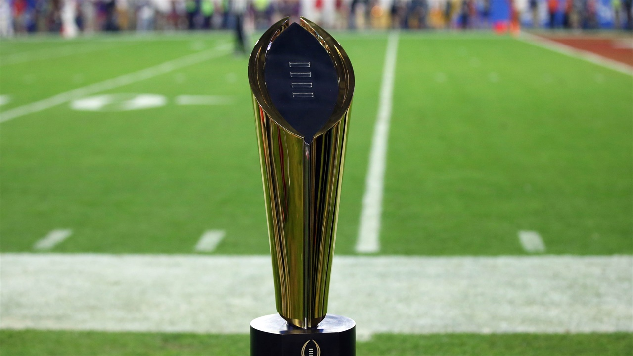 A Proposal To Completely Shake Up the College Football Playoff