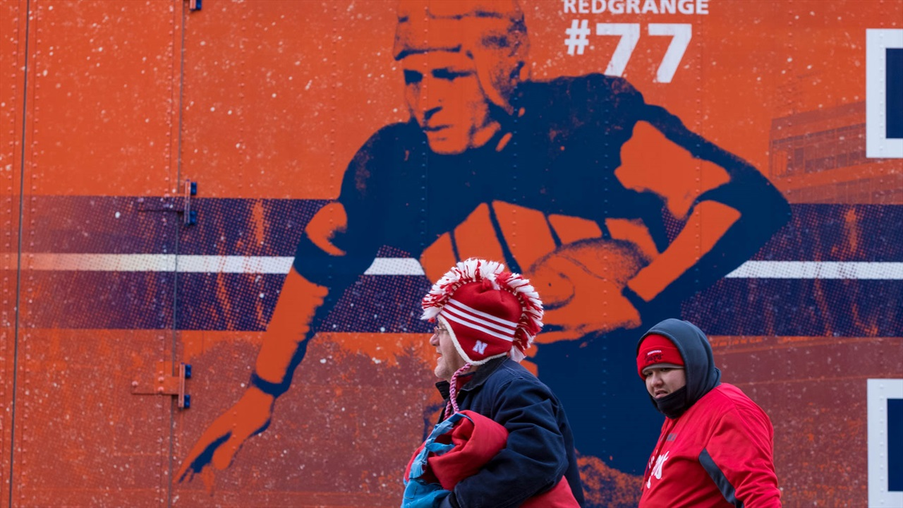 Hot Reads: Big Ten West Race Takes a Sharp Turn in Champaign